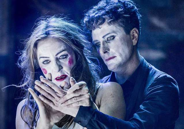 Edward Hogg Stars as Romeo at The Globe